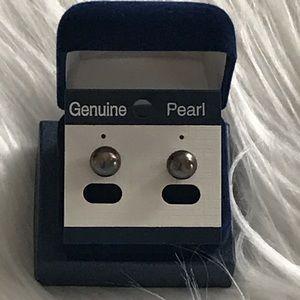 Genuine fresh water peacock black pearl earrings